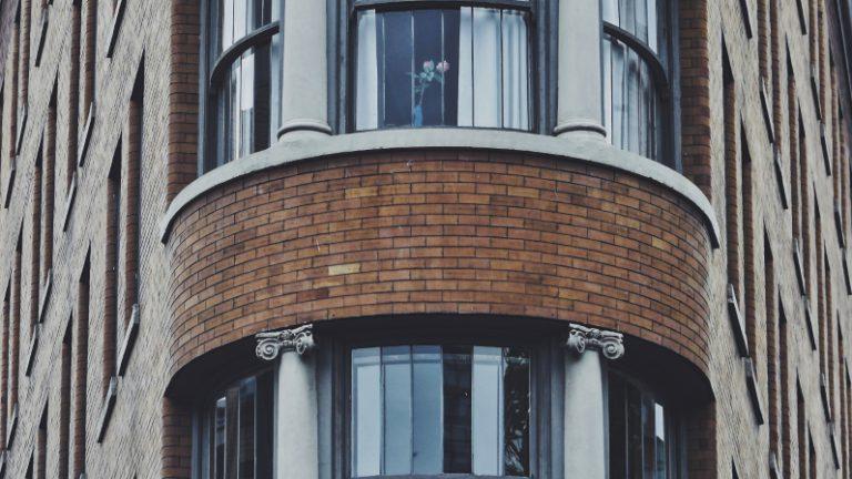 zwarte kozijnen voor appartement